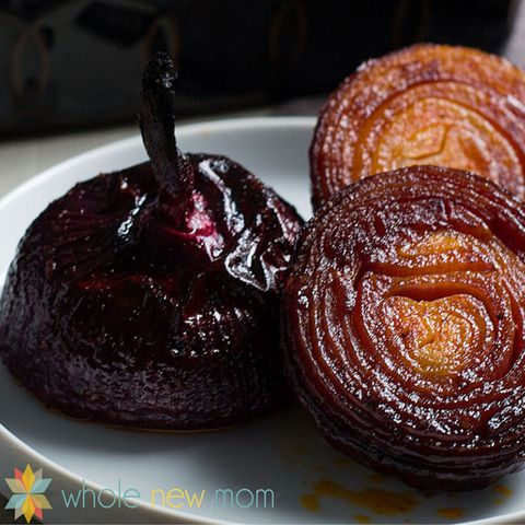 स्निग्ध baked red onions paleo