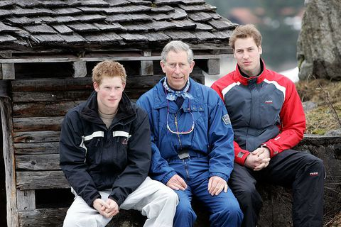 Prins Harry, Prince Charles and Prince William on a ski holiday at Klosters in 2005