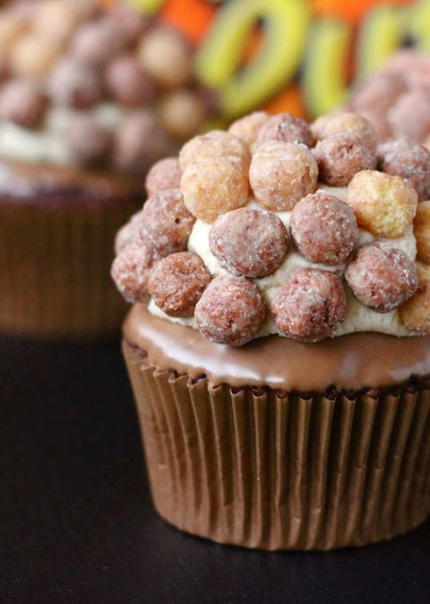 Reese's Puffs Cupcakes